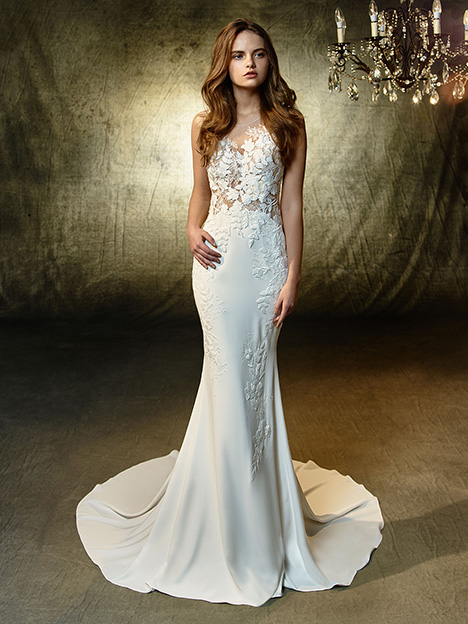 Linwood gown from the 2019 Blue by Enzoani collection, as seen on Bride.Canada