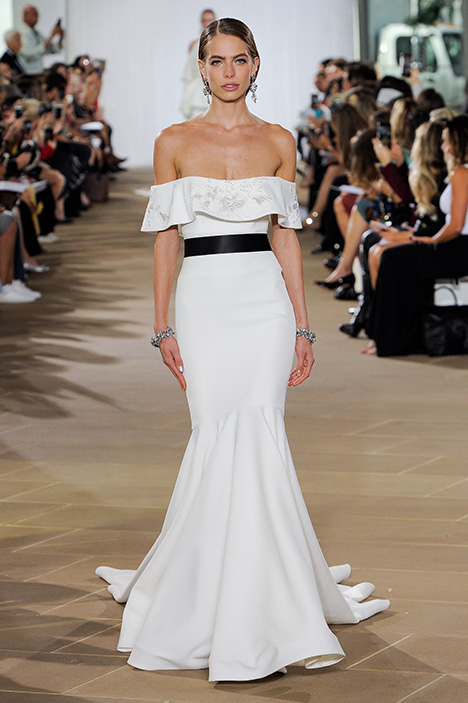 Daire gown from the 2019 Ines Di Santo collection, as seen on Bride.Canada