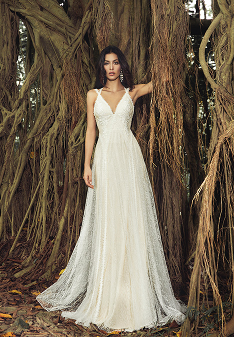Finch (901500367) gown from the 2019 Chic Nostalgia collection, as seen on Bride.Canada