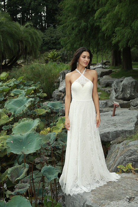 Starling (901500376) gown from the 2019 Chic Nostalgia collection, as seen on Bride.Canada