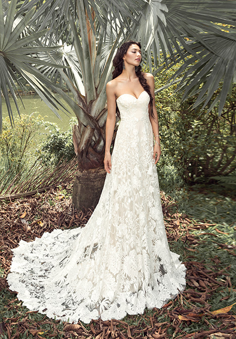 Zera (901500384) gown from the 2019 Chic Nostalgia collection, as seen on Bride.Canada
