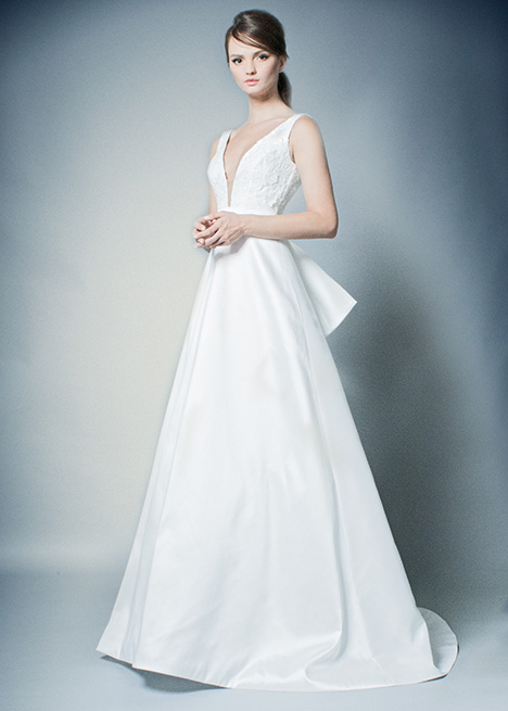 RB012 gown from the 2019 Romona collection, as seen on Bride.Canada