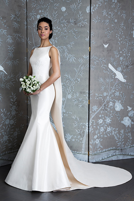 L9125 gown from the 2019 Legends Romona Keveza collection, as seen on Bride.Canada