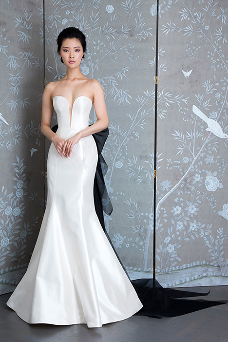 L9127 gown from the 2019 Legends Romona Keveza collection, as seen on Bride.Canada