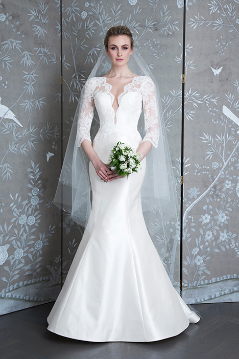 L9129 gown from the 2019 Legends Romona Keveza collection, as seen on Bride.Canada