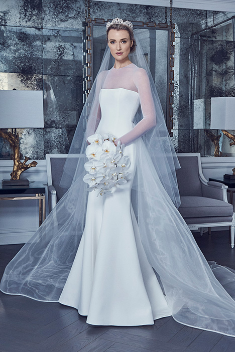 RK9400 + RK8400SKT gown from the 2019 Romona Keveza Collection collection, as seen on Bride.Canada