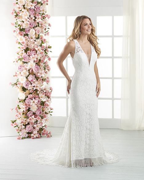 837 gown from the 2018 Bonny Bridal collection, as seen on Bride.Canada