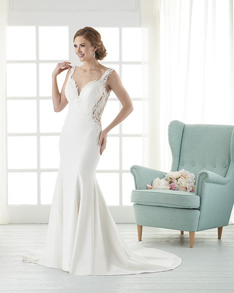 838 gown from the 2018 Bonny Bridal collection, as seen on Bride.Canada