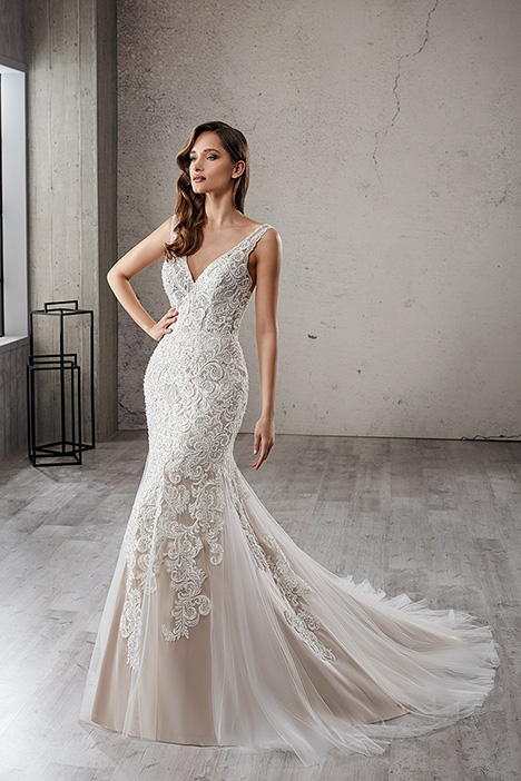 CT234 gown from the 2019 Eddy K Couture collection, as seen on Bride.Canada