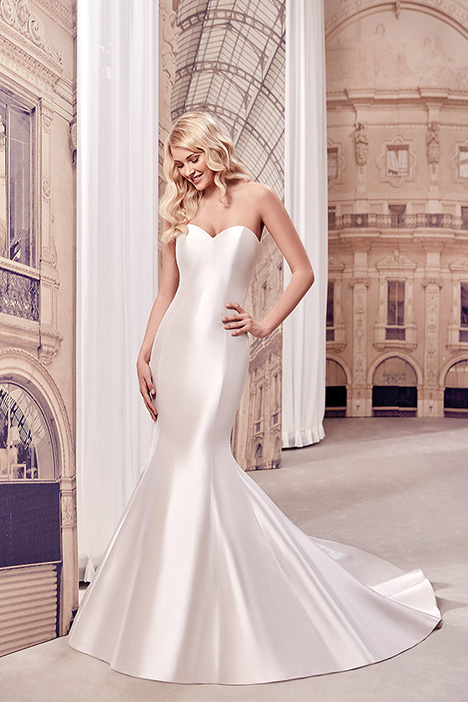 MD270 gown from the 2019 Eddy K Milano collection, as seen on Bride.Canada
