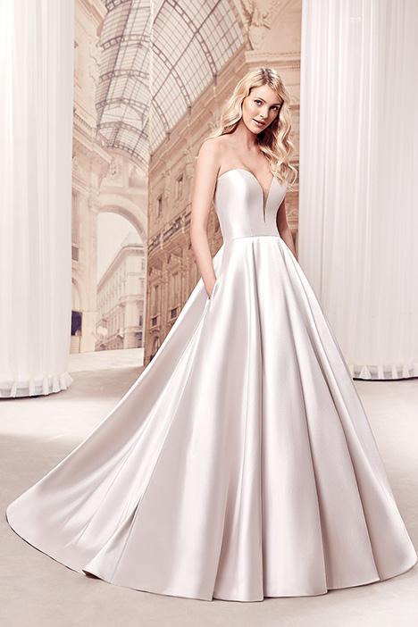 MD27 gown from the 2019 Eddy K Milano collection, as seen on Bride.Canada