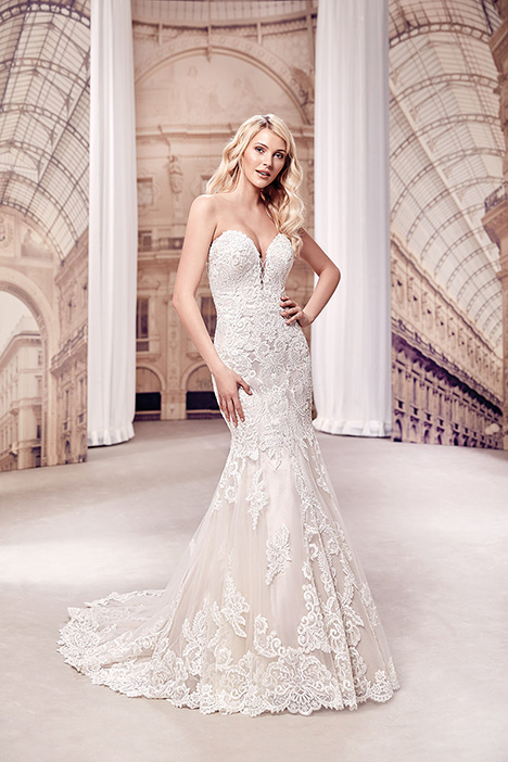 MD287 gown from the 2019 Eddy K Milano collection, as seen on Bride.Canada