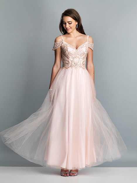 7814 gown from the 2019 Dave & Johnny Special Occasions collection, as seen on Bride.Canada