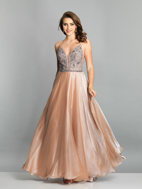 7671 gown from the 2019 Dave & Johnny Special Occasions collection, as seen on Bride.Canada