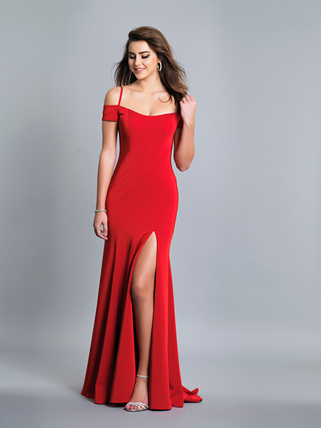 6846 gown from the 2019 Dave & Johnny Special Occasions collection, as seen on Bride.Canada