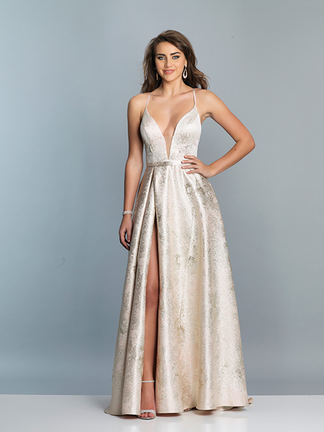 6700 gown from the 2019 Dave & Johnny Special Occasions collection, as seen on Bride.Canada