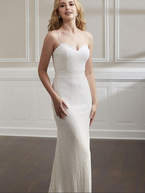 18192 gown from the 2019 Adrianna Papell collection, as seen on Bride.Canada