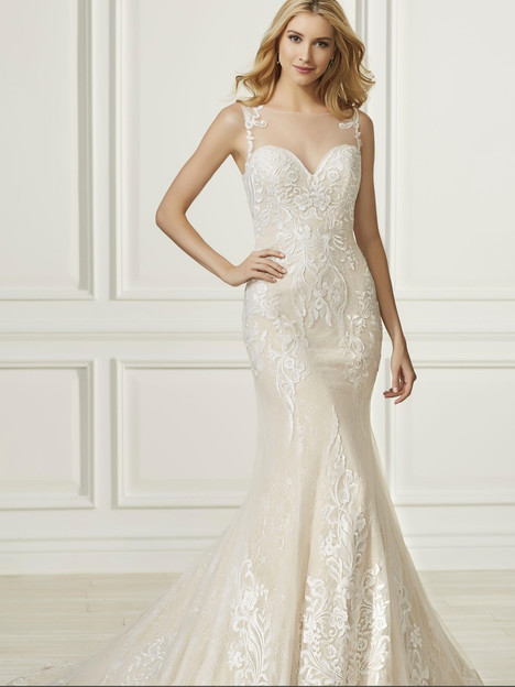 31099 gown from the 2019 Adrianna Papell collection, as seen on Bride.Canada