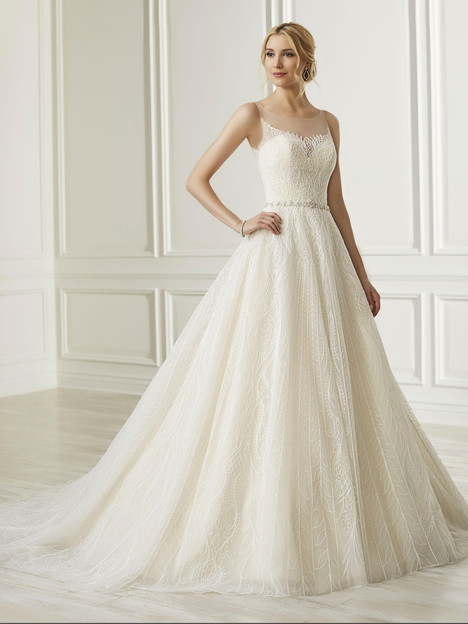 31105 gown from the 2019 Adrianna Papell collection, as seen on Bride.Canada