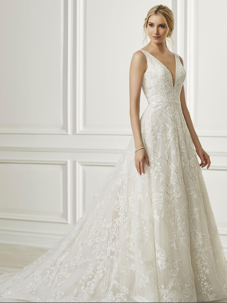 31109 gown from the 2019 Adrianna Papell collection, as seen on Bride.Canada