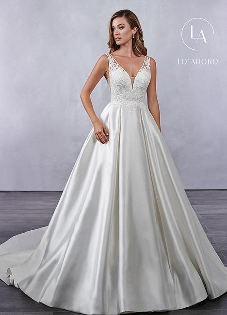M696 gown from the 2019 Lo' Adoro collection, as seen on Bride.Canada