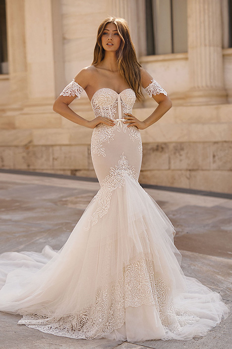 19-107 gown from the 2019 Berta Bridal collection, as seen on Bride.Canada