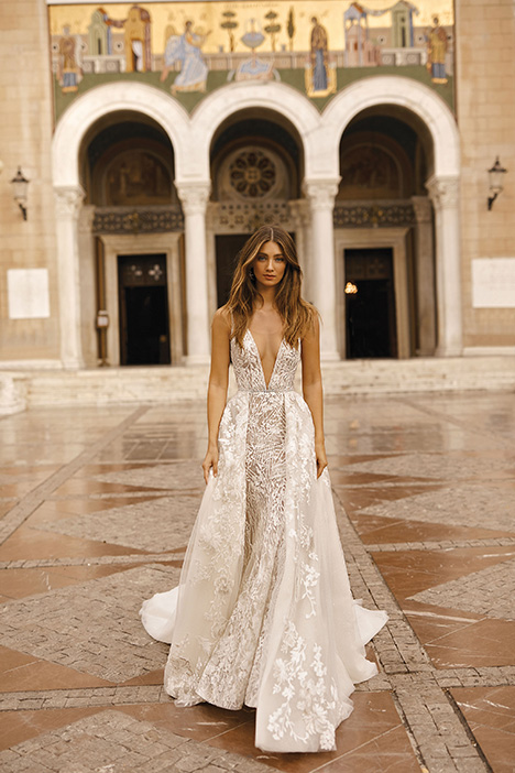 19-115 gown from the 2019 Berta Bridal collection, as seen on Bride.Canada