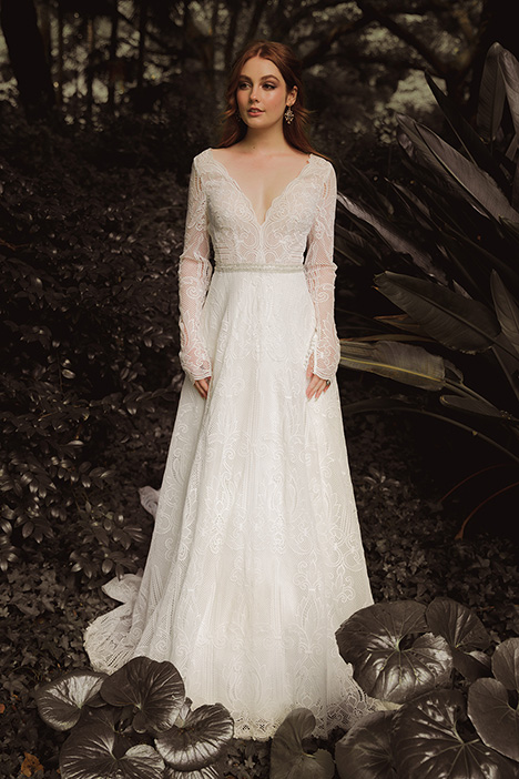 WS 295 gown from the 2019 Wedding Societe collection, as seen on Bride.Canada