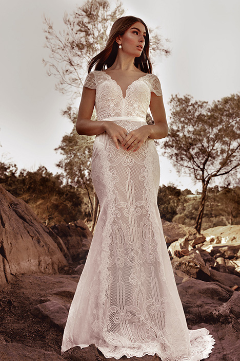 WA 6094 gown from the 2019 White April collection, as seen on Bride.Canada