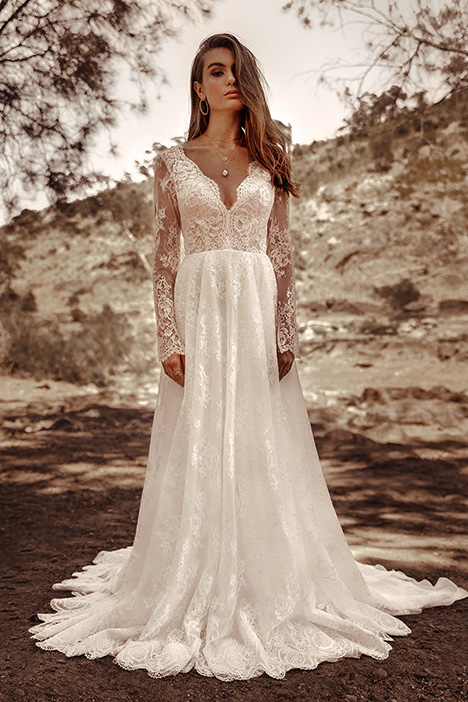 WA 6113 gown from the 2019 White April collection, as seen on Bride.Canada