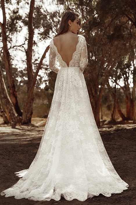 WA 6113 Back gown from the 2019 White April collection, as seen on Bride.Canada