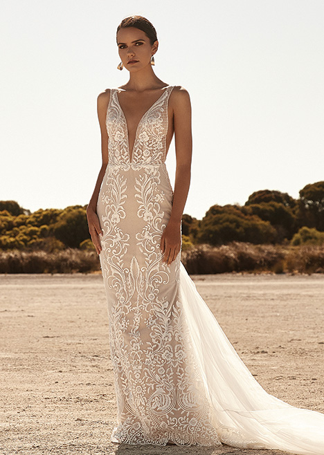ZB 290 gown from the 2019 Zavana Bridal collection, as seen on Bride.Canada