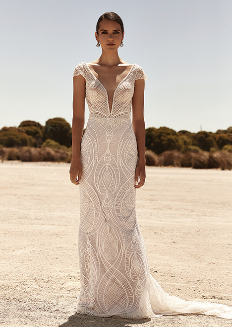 ZB 318 gown from the 2019 Zavana Bridal collection, as seen on Bride.Canada