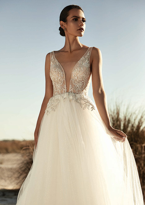 ZB 6114 gown from the 2019 Zavana Bridal collection, as seen on Bride.Canada