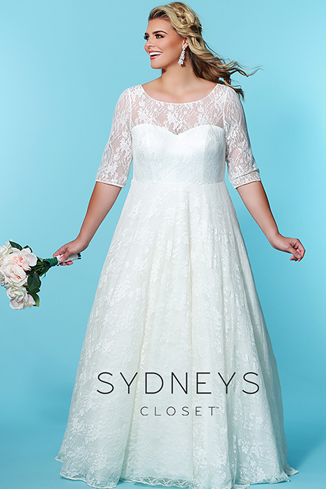 SC 5216 Front 2 gown from the 2019 Sydney's Closet Bridal+ collection, as seen on Bride.Canada