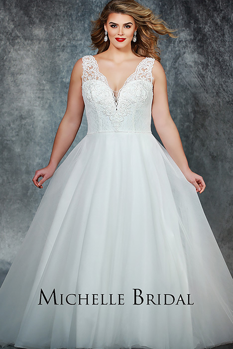 MB 1904 gown from the 2019 Michelle Bridal+ collection, as seen on Bride.Canada