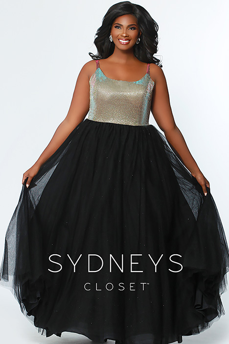 SC 7265 gown from the 2019 Sydney's Closet Prom+ collection, as seen on Bride.Canada