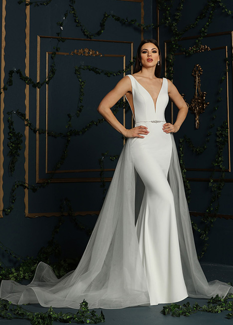 10611A gown from the 2019 Ashley & Justin Bride collection, as seen on Bride.Canada