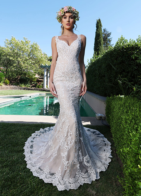 10702 gown from the 2019 Ashley & Justin Bride collection, as seen on Bride.Canada