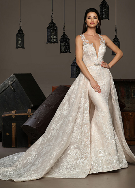 13174 gown from the 2019 Cristiano Lucci collection, as seen on Bride.Canada