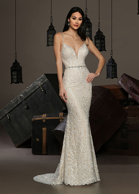 13199 gown from the 2019 Cristiano Lucci collection, as seen on Bride.Canada