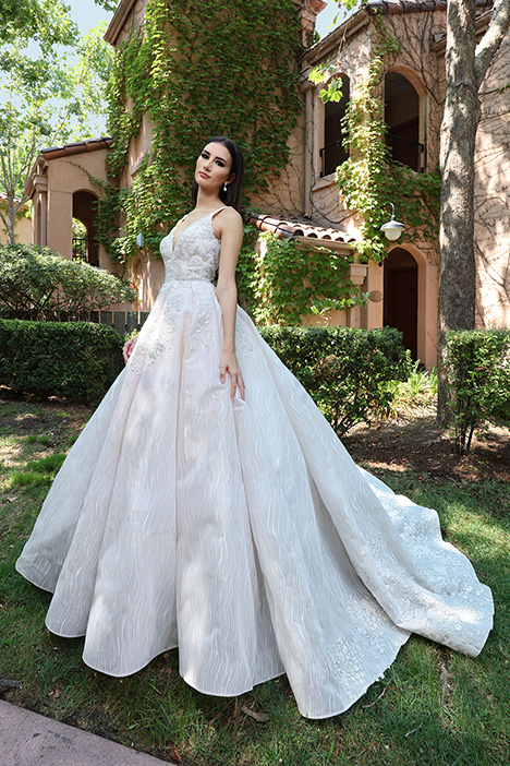 13243 gown from the 2019 Cristiano Lucci collection, as seen on Bride.Canada