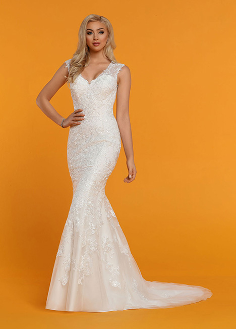 50523 gown from the 2019 DaVinci collection, as seen on Bride.Canada