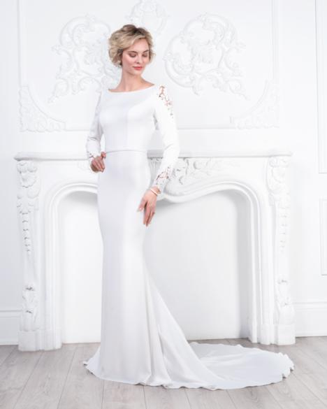 Style 8450 gown from the 2019 Romantic Bridals collection, as seen on dressfinder.ca