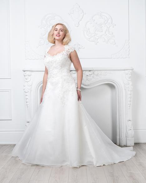 Style 8436W gown from the 2019 Romantic Bridals: Curvy Bride collection, as seen on dressfinder.ca
