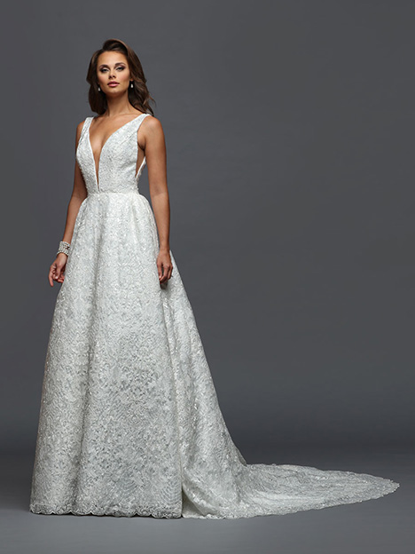 415 gown from the 2019 Victor Harper collection, as seen on dressfinder.ca