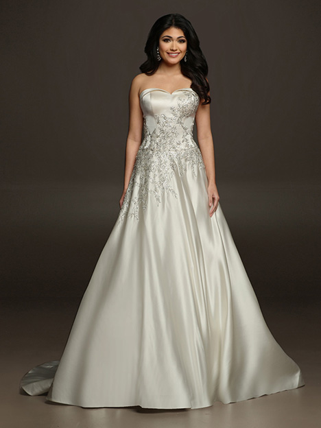 VELOUETTE gown from the 2019 Victor Harper collection, as seen on dressfinder.ca