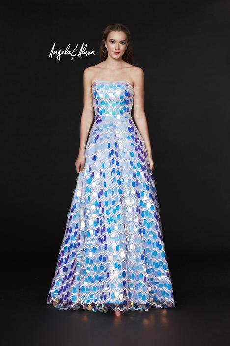 Style 91017 gown from the 2019 Angela & Alison Prom collection, as seen on dressfinder.ca