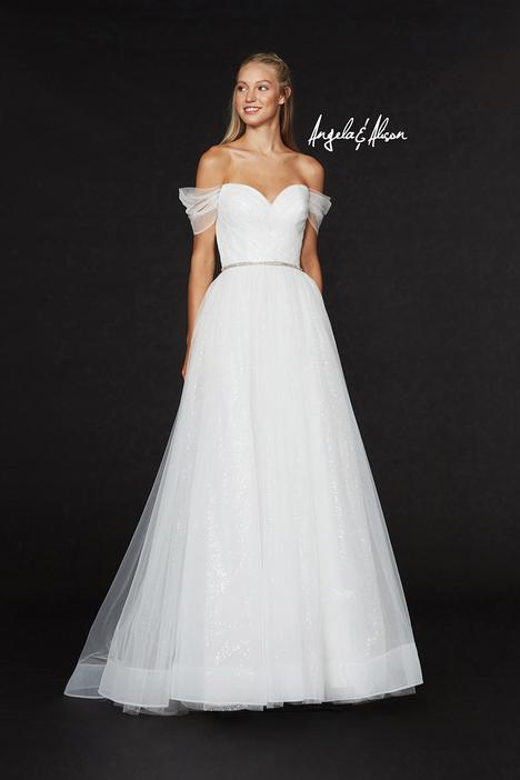 Style 91030 gown from the 2019 Angela & Alison Prom collection, as seen on dressfinder.ca