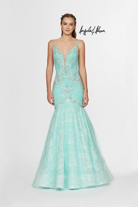 Style 91060 gown from the 2019 Angela & Alison Prom collection, as seen on dressfinder.ca
